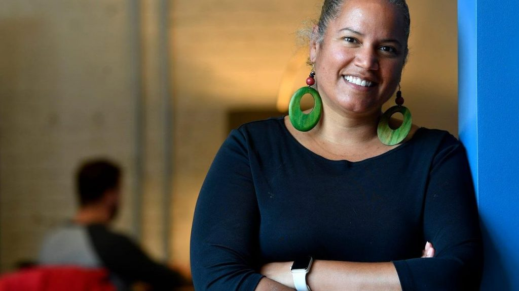 Faces of Entrepreneurship: Shani Dowell, Possip